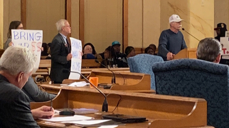 Mark Foreman speaking in front of Milwaukee Common Council